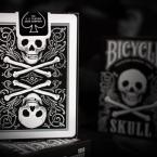 skull_tuck-back