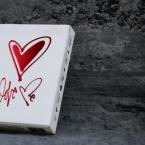 love-me-top-banner